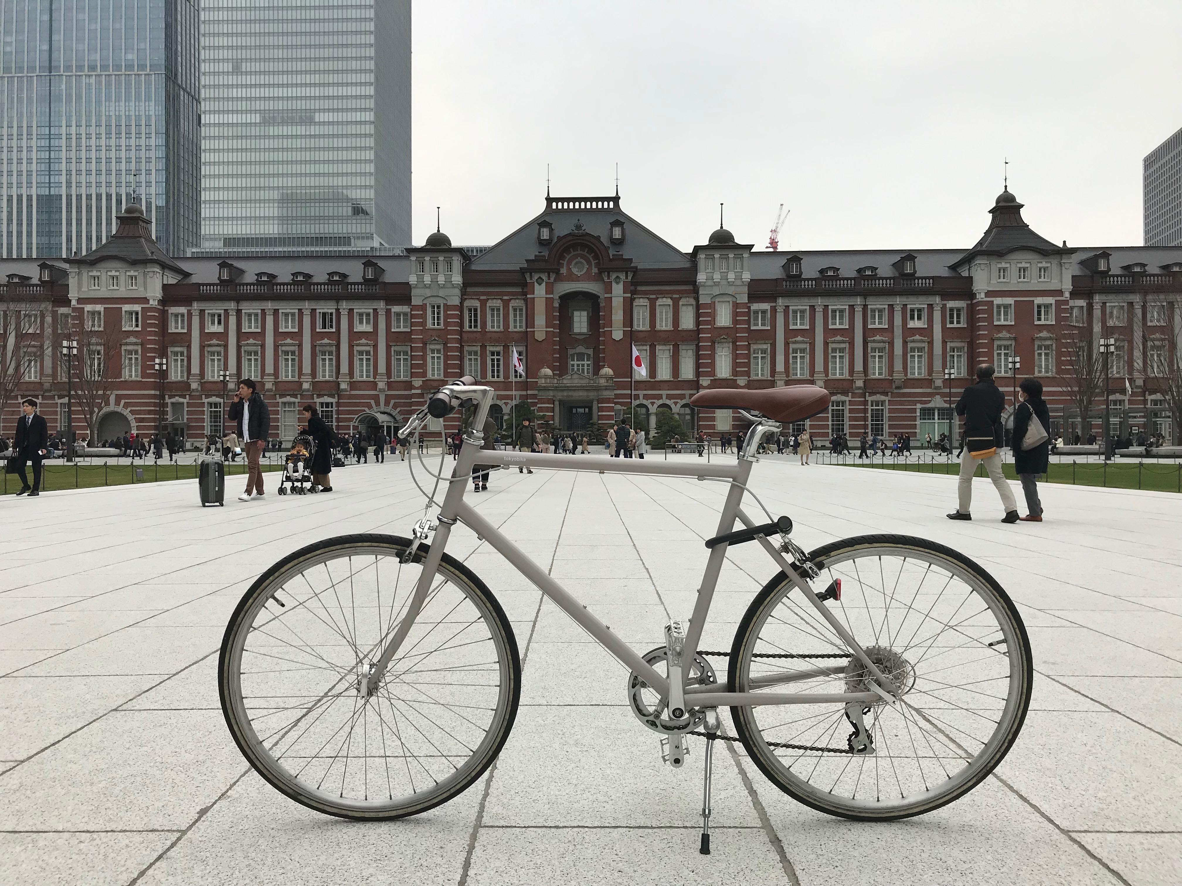 昼の東京駅