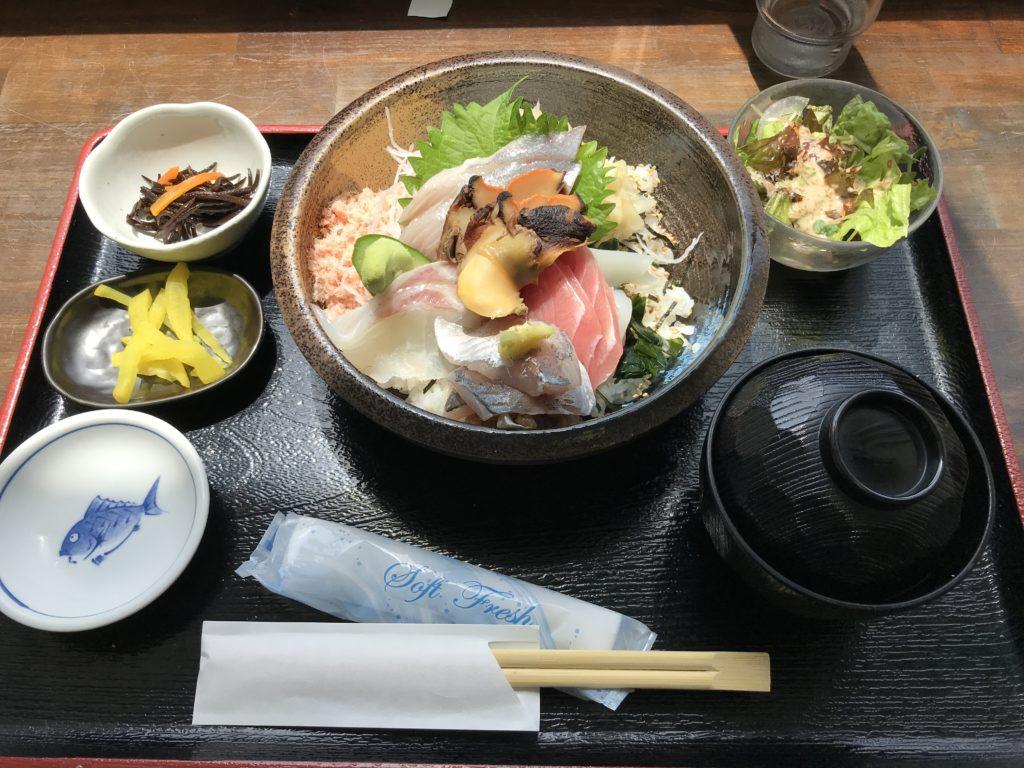 海鮮丼なぶら