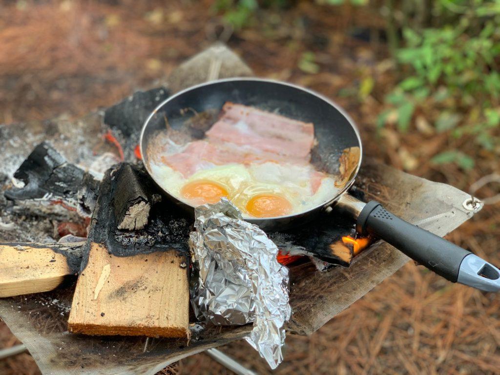 キャンプ朝飯 (3)